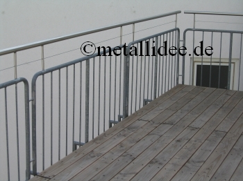 schlosserei handlauf erh hung metallbau leonhardt gmbh co kg 60327 frankfurt metallidee. Black Bedroom Furniture Sets. Home Design Ideas